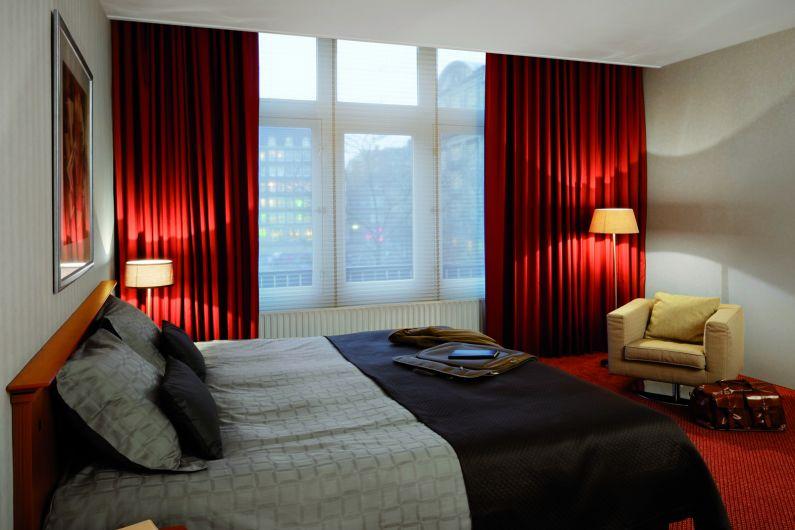 Durach Verdunkelung Hotelzimmer