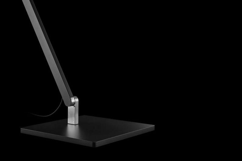 Nimbus LED Roxxane Office Tischleuchte, Detail Tischfuss